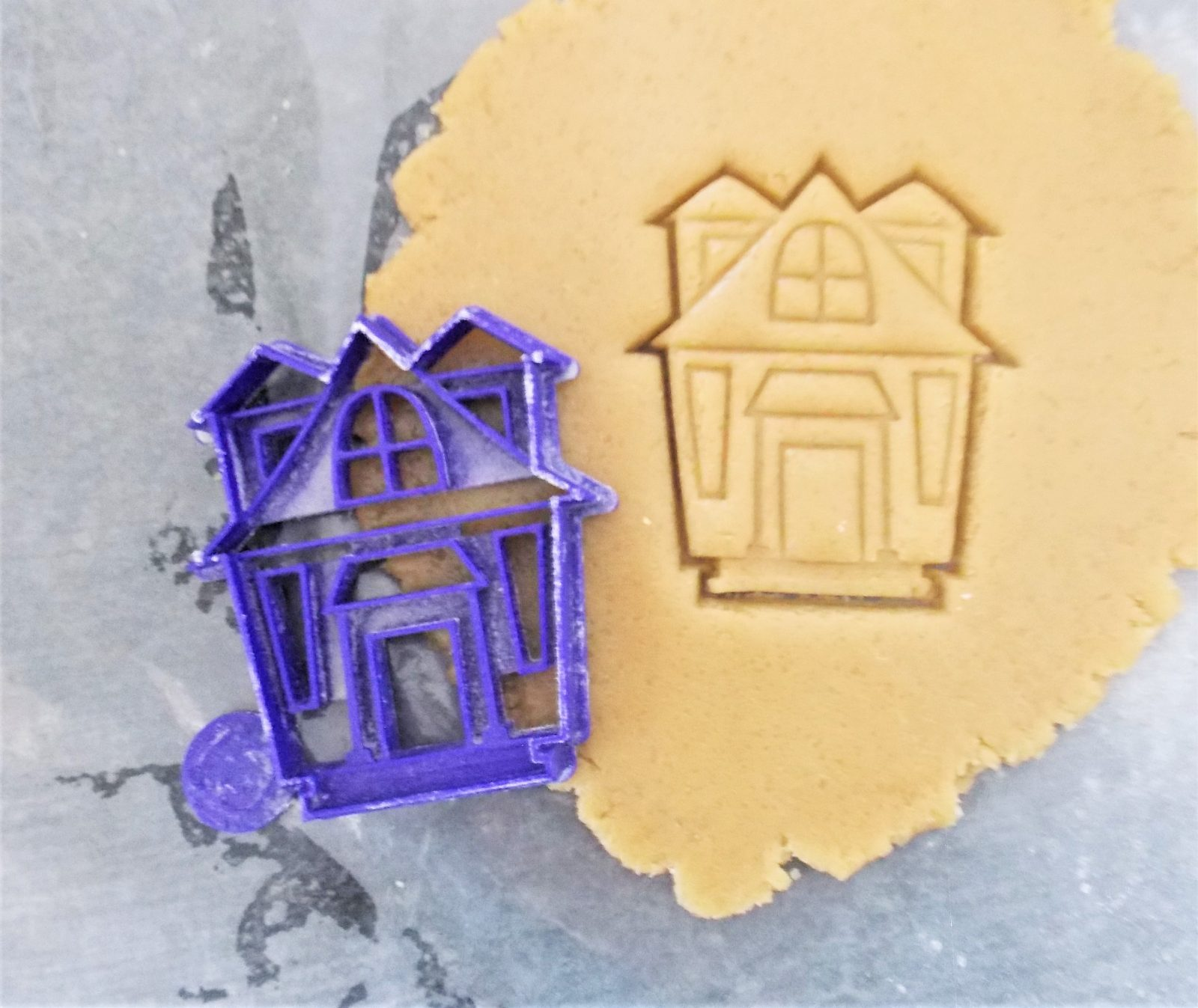 Spooky Haunted House Cookie Cutter
