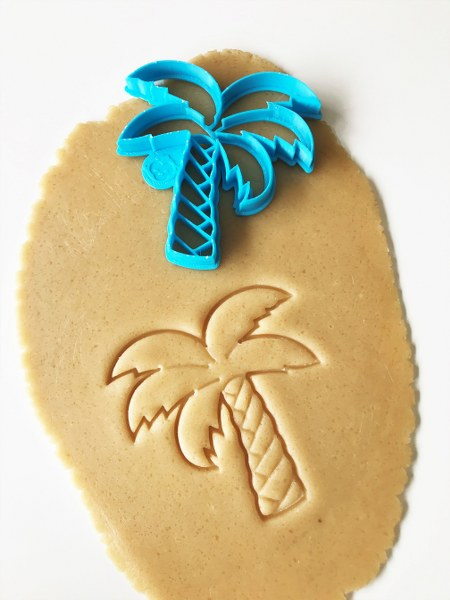 Straight Palm Tree Cookie Cutter