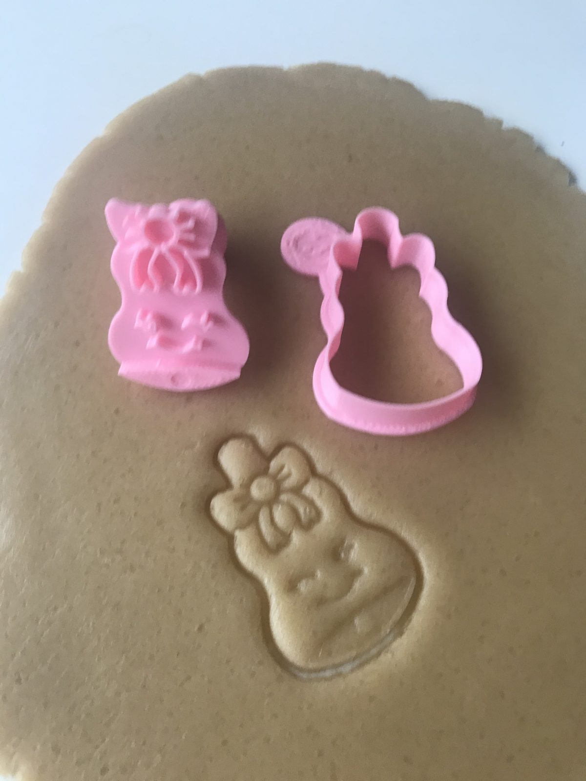Bell With Bow Mini Cookie Cutter