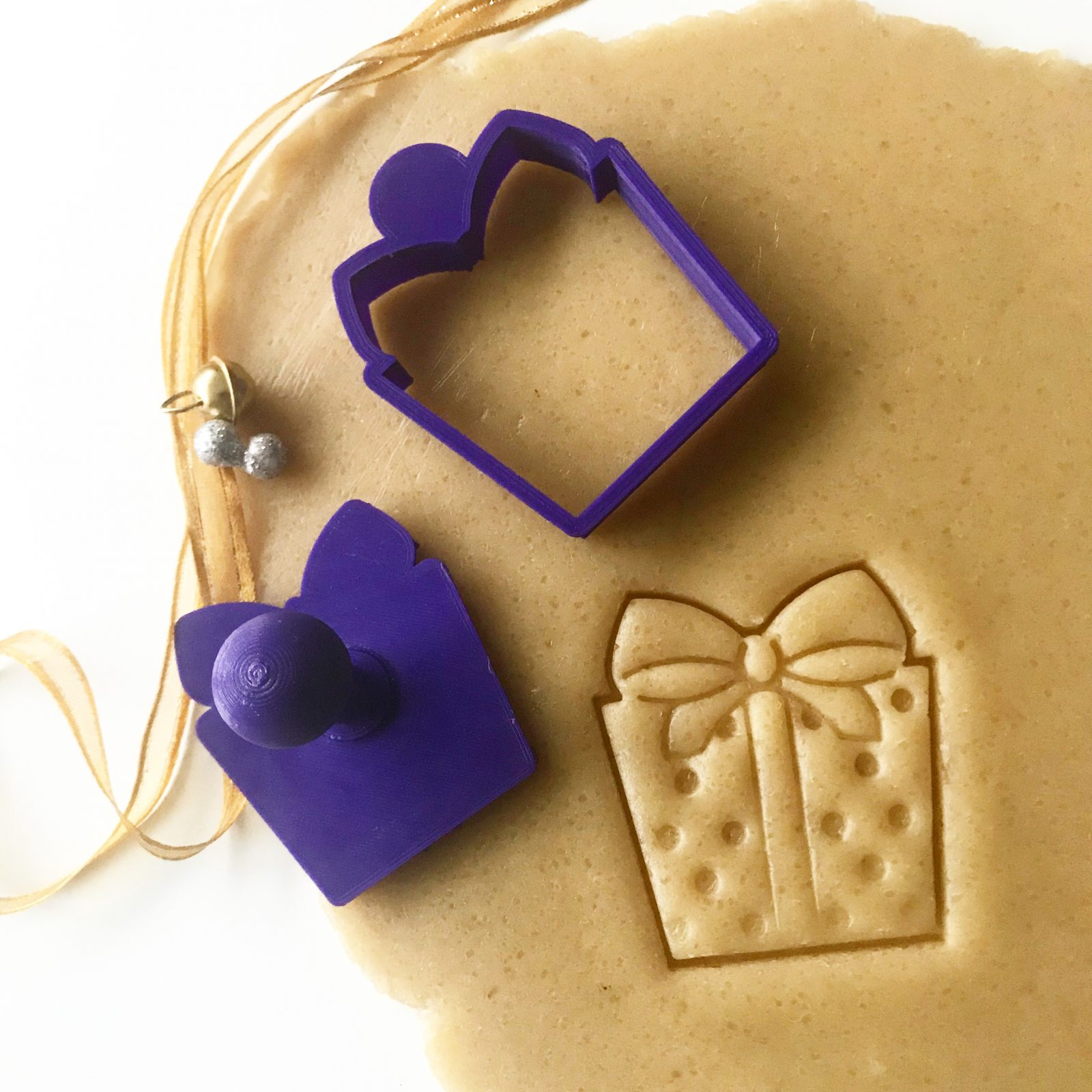 Christmas Present Mini Cookie Cutter